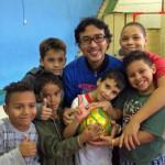 サンパウロの児童福祉施設にサッカーボールを寄付してきました。